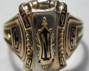 1944 10 KT gold class ring size 11 weighs 6.5 grams (#E510b)
