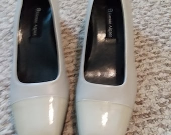 Etienne Aigner Leather Pumps 9.5N