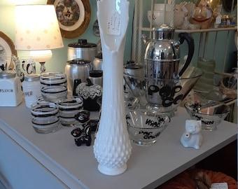 Vintage Fenton Swung Vase!