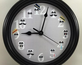 Custom NUMBERS With GOOGLEY Eyes Wall Clock