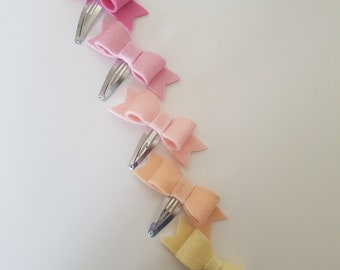 Small hair clips
