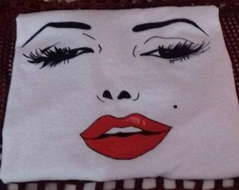 Handpainted T-shirt - Merilyn