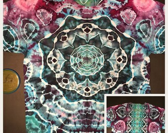 Ice Dye Aqua Mandal and Spine with Geode accents T-shirt, Tie Dye Adult Large