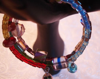 Spinning Colors Memory Wire Beaded Bracelet