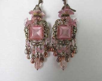 """Earrings """"Valentine 3"""" with drops, flower beads and cabochon cat's eye square rose tone and gold rose"""