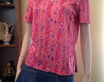 Fun Seventies Bright Pink Polyester Knit Shirt Sleeve Blouse