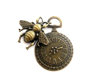 steampunk bronze watch gear 42x42mm bee charm pendant