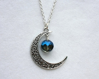 Filigree Crescent Moon Pendant with Faceted Blue Crystal Coin, Celestial Jewelry, Moon Jewelry, Moon Necklace, Lunar Jewelry