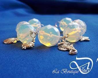Bracelet sea Moonstone beads and metal pendants