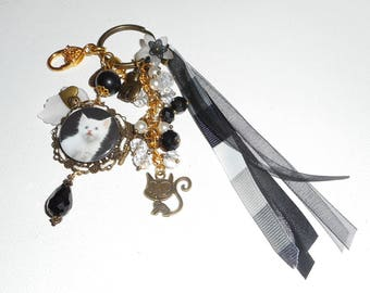 Jewelry bag Keychain white kitten with Crystal beads and ribbons black and white