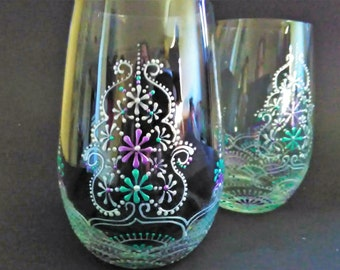 Hand painted wine glasses, hand painted stemless wine glasses, decorative wine glasses, stemless glasses, purple wine glass, teal wine glass