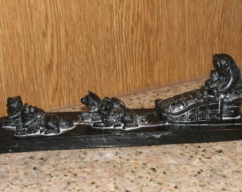 """INUIT ESKIMO Adult & Child with Sled and Dogs, RESIN, on Base, Vintage, 8"""" L, 2.75"""" H (#657)"""