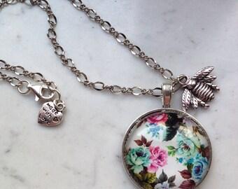 Collana cabochon a fiori e charm ape/insetto // bee and flowers cabochon necklace