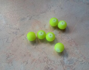 Satin yellow 6mm resin beads