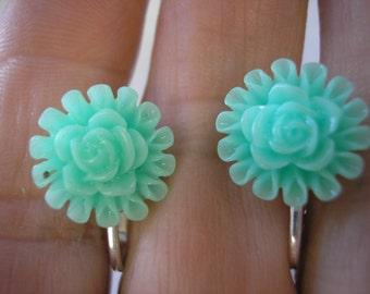 "Play Earring - Clip - Flower - Lt Turquoise - 1/2"""