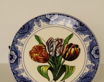 Dutch Delft Tulip Plate