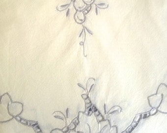 Square embroidered tablecloth - Vintage Linen:  Antique Cream