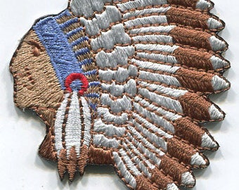 Indian Native American Patch - Headdress with Feathers (Iron on)