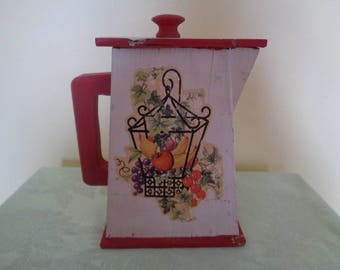 Charming One of a kind Folk Art Wood Shabby Soap Pitcher Laundry Detergent collectible (wear)