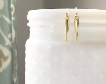 HUDSON | Spike Earrings Gold | Small Spike Earrings | Dangle Spike Earrings | Minimal Earrings | Light Earrings | Dainty Gold Spike Earrings