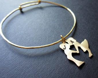 Gold Kissing couple Bangle, brass customizable bangle, personalized bangle, stackable bangle, gift, initials