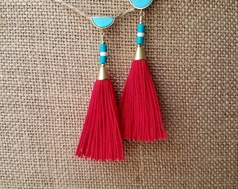 Turquoise and red tassel earring, turquoise earring, turquoise post earring, gold earring, dangle post earring, tassel earring