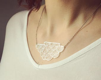 Geometric large silver cloud necklace