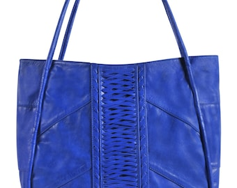 BALI. Oversized leather bag / extra large leather tote bag / large leather bag / large leather purse. Available in different leather colors.