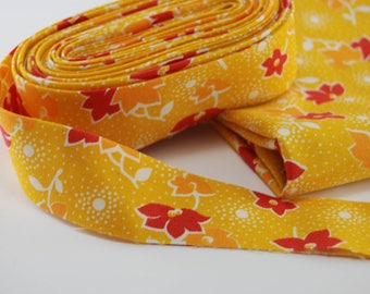 """Quilt Binding; Double Fold Binding ready to use; Golden Yellow and Red floral 30's reproduction, Cut at 2 1/2"""" and folded to 1 1/4"""""""