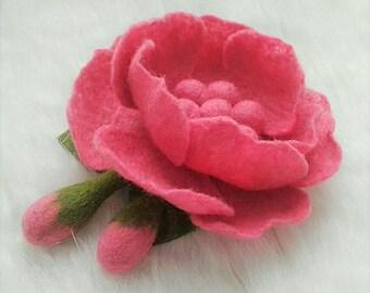 Felted flower brooch, Ledies accecorie, Felt flower, Pink felted brooch, Elegant brooch for women, Felt brooch, Wool felted jewelry for girl