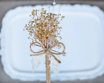 Natural Baby's Breath Wedding Boutonniere // Natural, Lapel Pin, Neutral, Burlap, Lace, Pearls, Groom, Groomsmen, Button Hole, Bridal Party