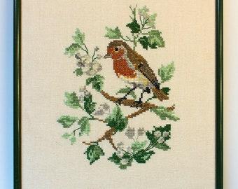 Vintage2Love Embroidery Needlework representing an European ROBIN.