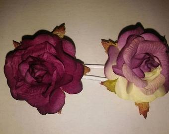 Pretty flower hairpins