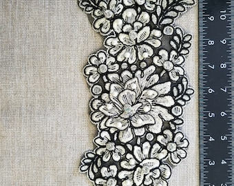 Black & light gold with pearl, rhinestud flower applique #B170629-4
