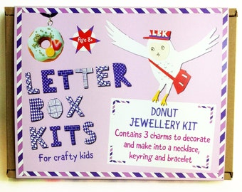 Donut Jewellery Making Kit – Necklace Kit – Keyring Craft Kit – DIY Bracelet - Craft Kid for Kids – DIY Craft Kit