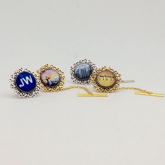 JW Tie Tack with Chain. Available in Tetragrammaton, Watchtower Sign, Warwick, Best Life Ever, etc. Gold tone or Silver tone Finish.