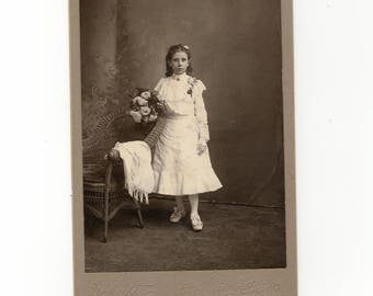 Flowers, antique cabinet card photo