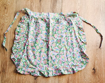 Vintage - 1950s - Apron - Pink & Green Flowers