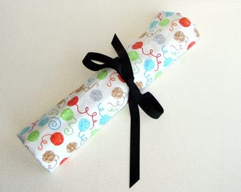 Knitting Needle Case for Straight Needles - Yarn print