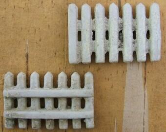 1 Rare Vintage Bisque White Fence Component - Assemblage - Miniature - Collage - Memory Box - Model RR - Model Railroad     (DR-007)