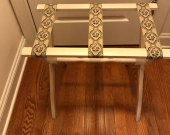 Vintage White Wood Folding Luggage Suitcase Rack Stand Holder Table Breakfast Tray Stand Shabby Cottage Chic Country Decor Fold Out Stand