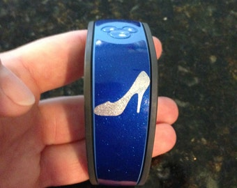 Glitter Magic Band 2.0 Cinderella Glass Slipper Vinyl Decal -- Quick to Ship