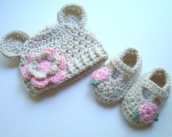 Baby Girl Hat and Booties Set, Hat with Ears and Flower, Baby Booties, Newborn Hat and Booties Set, 0-3 Months, MADE TO ORDER, Newborn Baby