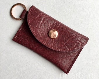 Slim wallet / coin case / Card holder / key case in burgundy red full grain cow leather. Leather wallet with two compartments. Gift under 25
