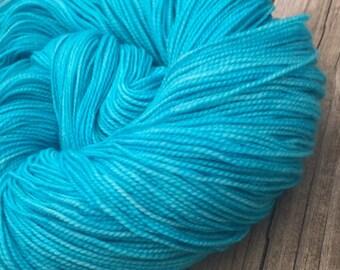 hand dyed sock weight yarn Kiss from Mermaid Shawl Length Super Superwash Merino Cashmere Nylon MCN 600 yards fingering weight turquoise
