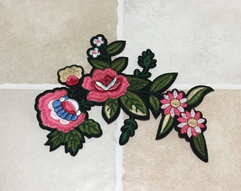 Pink Flower Embroidered Patch Iron/Sew On