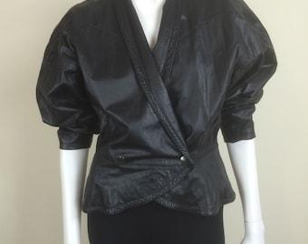 cropped black leather jacket w/ peplum 80s