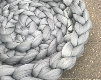 Cat Bed Gray Chunky Knit Merino Wool - Silver