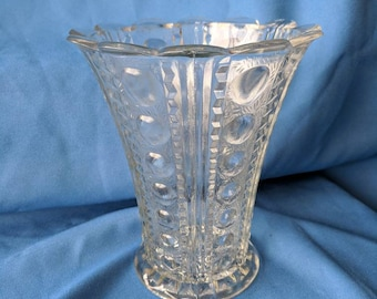 """Vintage decorative base with zig zag and bubble design, 7"""" tall"""