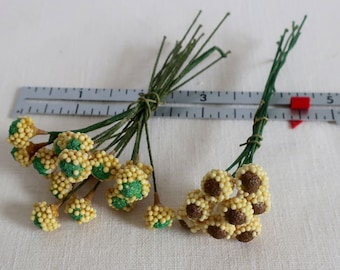 Vintage Flower Centers, Yellow and Green, Yellow and Brown Clusters, Corsage Supply, Flower Pin Supply, Millinery Supply